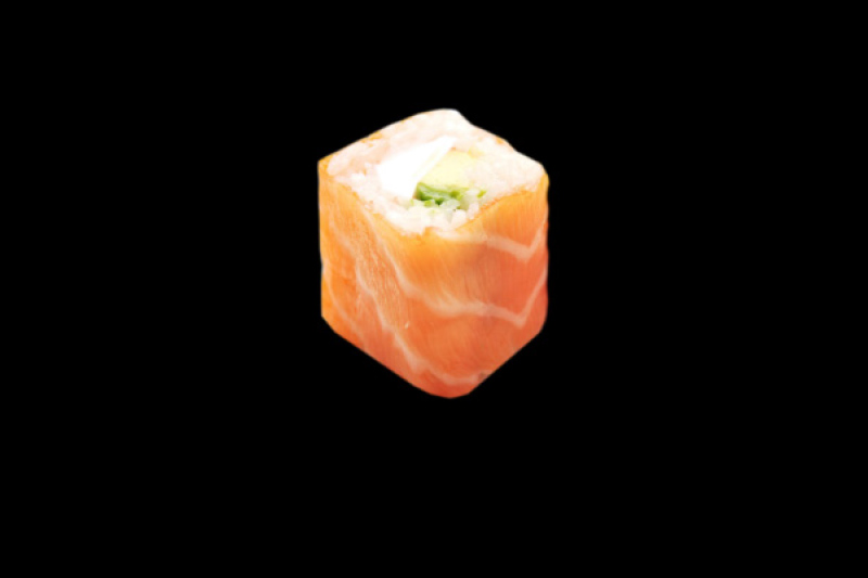 MA83.ROYAL ROLL AVOCAT FROMAGE